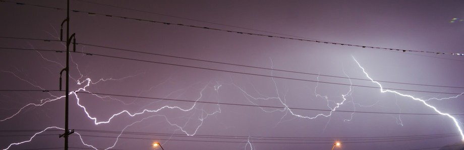 Looks as if the lightning is playing various notes on the wire.