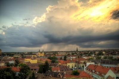 Clouds above Eger
