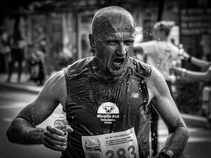 Running the Marathon by pujdo - Anything People Photo Contest