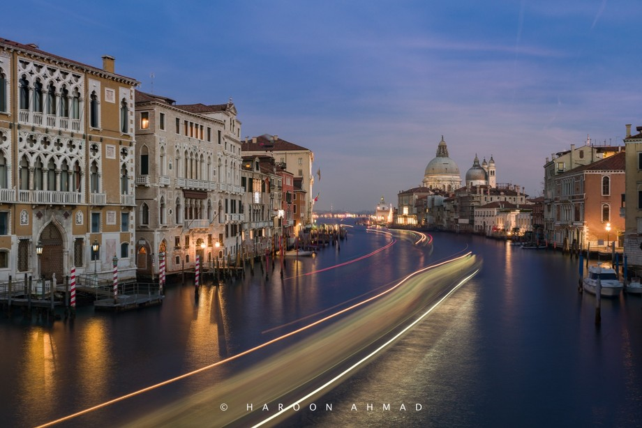 Venice_Italy_City by the water