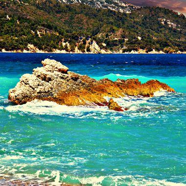 Seas and rocks of Samos.