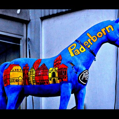 Model horse advertising Paderborn.