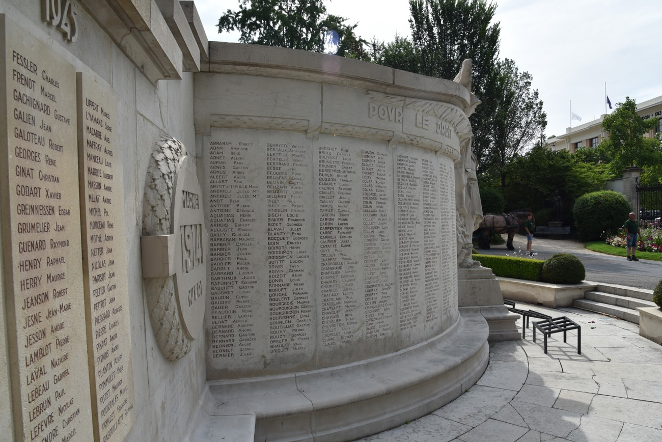 Épernay WWI Monument of Military and Civilian casualties.