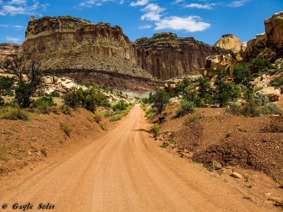 Off roading on the Colorado Plateau in Southern Utah