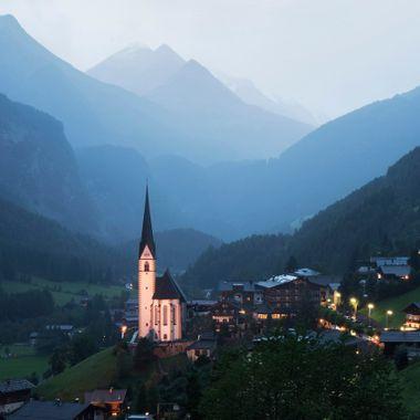 heiligenblut austria dusk