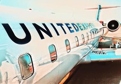 United Express Jet
