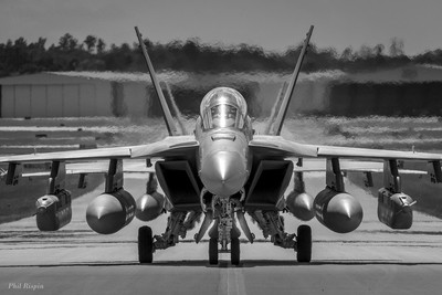 F18 Growlers Taxiing to the Ramp