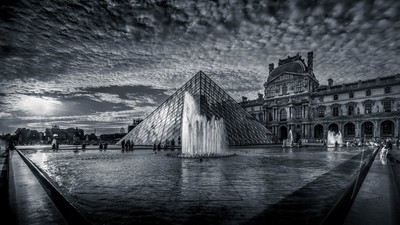 Heat at the Louvre in Paris