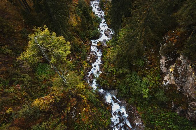 Different point by GiulioDiener - Streams In Nature Photo Contest