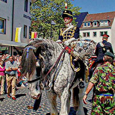 On parade for the freedom of Paderborn.
