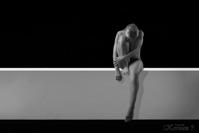 The Wait by Kornum-Photo - Composition And Leading Lines Photo Contest