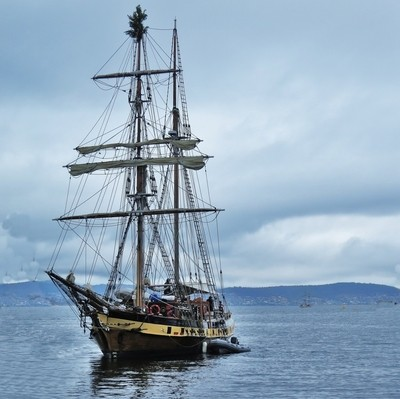 Sailboat @ Hobart