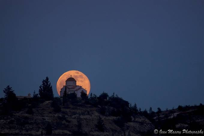 Praise Ye Him by Jean-Massry - The Moonlight Photo Contest