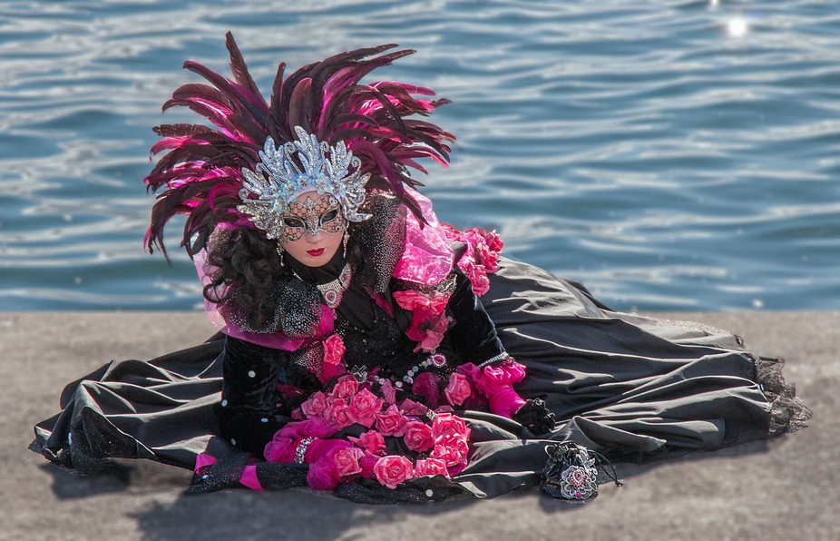 Coppet, a small village on Lake Geneva, hosted a parade of Venetian costumes this weekend. Some were marvellous.