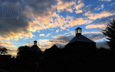 Silhouette on a cloudy afternoon #sillouette #oasthouse #clouds #cloudsofinstagram #Hey_ihadtosnapthat #happycaptures #discovertasmania #tasmaniagram #hobartandbeyond #instatassie #tassiepics #tassie #hobart #southerntasmania  #tassiestyle #australiagram