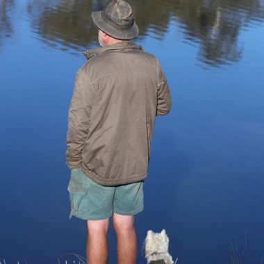 Bombala River-man & dog
