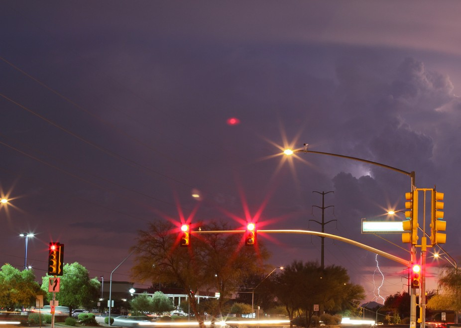 Yes, it's a red light with lightning in the distance