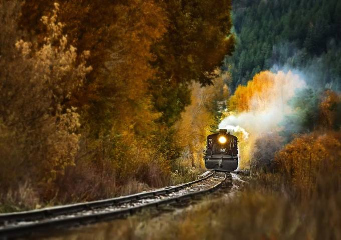 Coming through the mountains by lisablevins - Monthly Pro Vol 36 Photo Contest