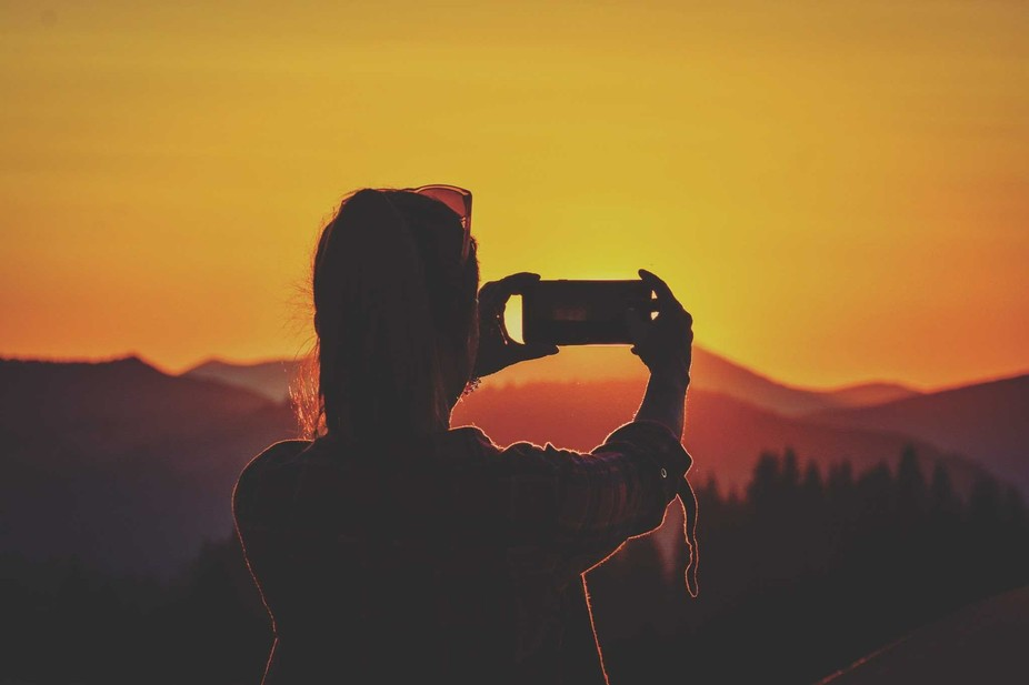 a selfie in the sunset or a sunset in a selfie:)