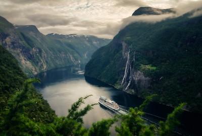 Extravagant Scenery
