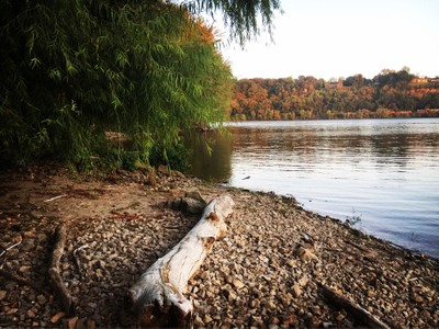 Fall time near the Mississippi river