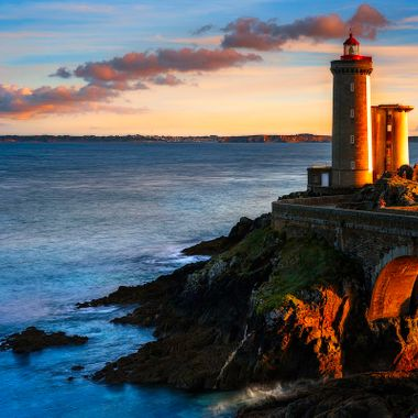 The Phare du Petit Minou is a lighthouse in west of the city Brest.