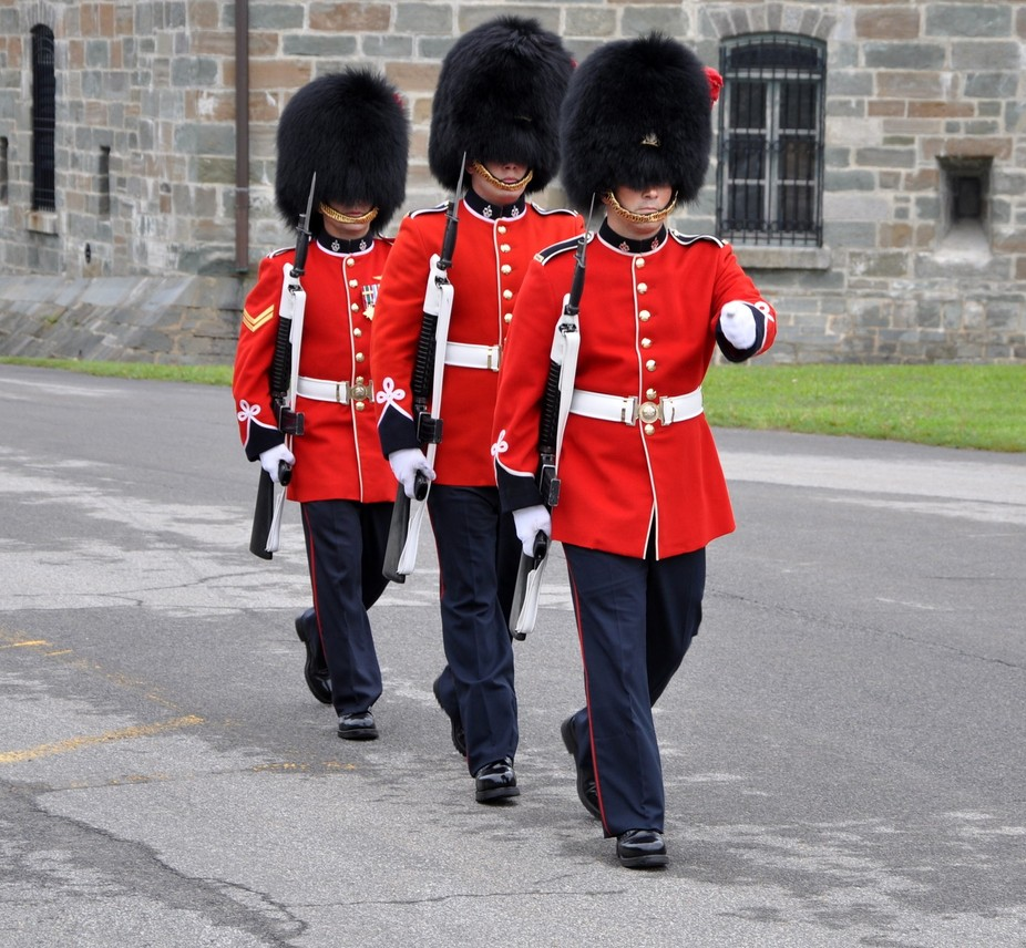 3 soldiers of the Royal 22nd Vandoo's . Changing the Guard at Quebec's Citadel .