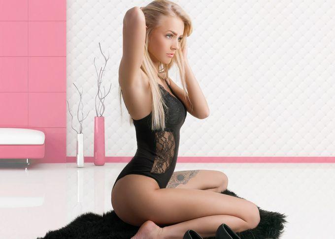 Pink by Mougaard - Tasteful Boudoir Photo Contest