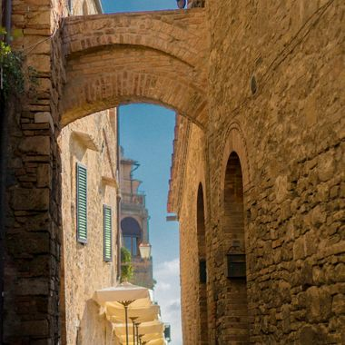 San Gimignano Italy is full of little side street with wonderful views. When friends come to visit us in Italy I love to take them for a stroll along this beautiful side street.