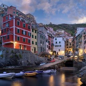 Riomaggiore before and after the sunrise