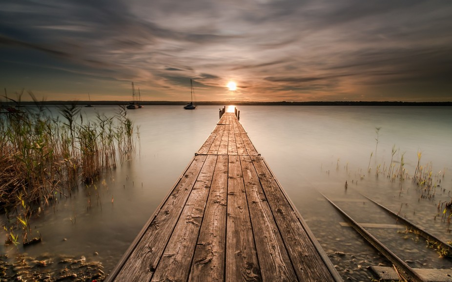 After a great weekend of shooting in Bavaria at lake Ammer I had the opportunity to capture this ...