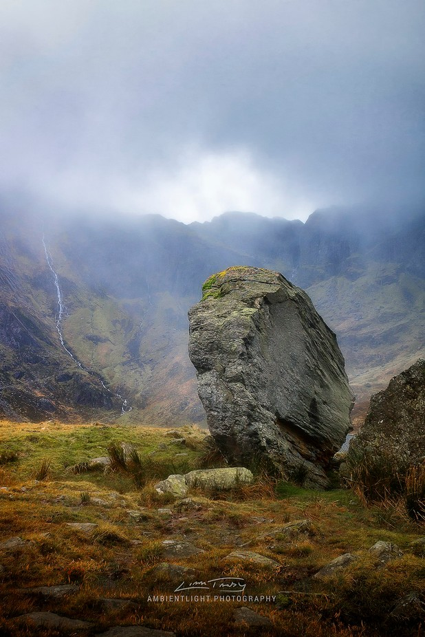 Cwm Idwal Erratic by AMBIENTLIGHT - Boulders And Rocks Photo Contest