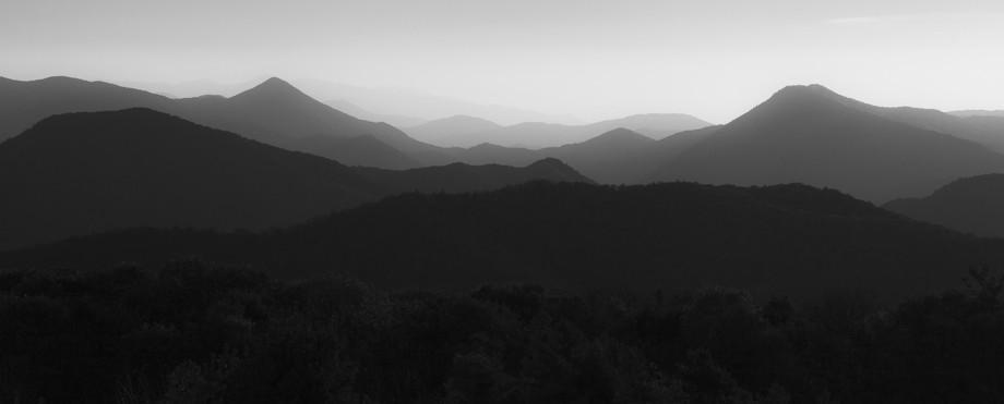 Appalachia Peeks