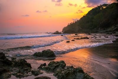 Costa Rican Colors.. DSC_0224