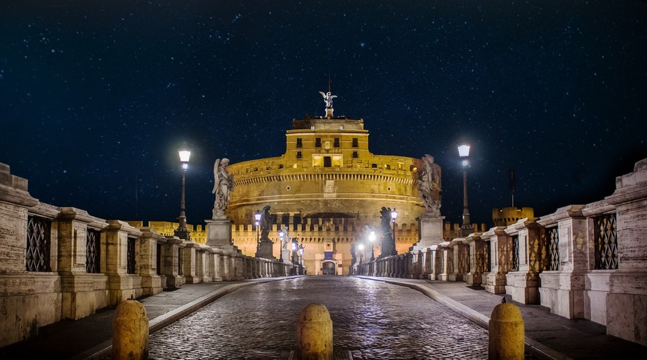 I was wandering around Rome at night and this beautiful sight came to my eyes