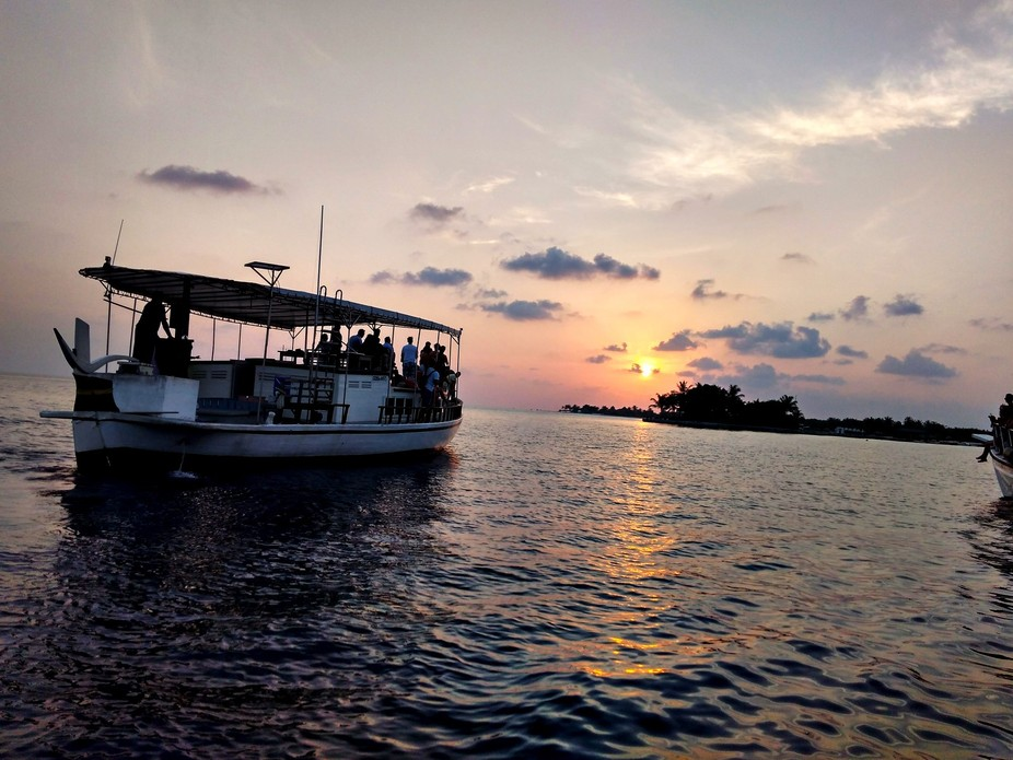Sunset cruise of the shores of Kuredu Island in Lhaviyani Atoll, north of Malé the capital of th...