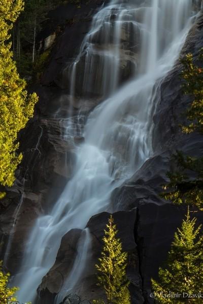 fall at Shannon falls