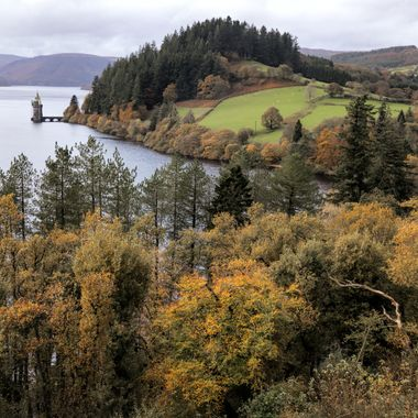A view across Lake Vyrnwy in Autumn.. a stunning location