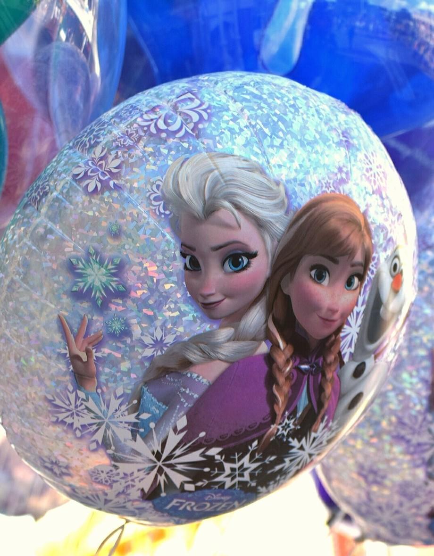 Frozen character balloon