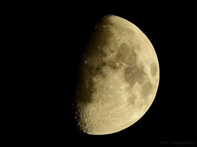 Moon - Monday 30 October 2017