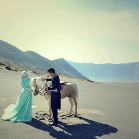 Photography Cinematography Video Documentary Prewedding Outdoor Prewedding Indoor Wedding Documentation Wedding Candid Wedding Story Fashion Mode...