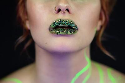 Glosy lips