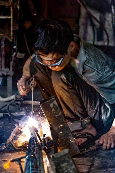 Vietnamese Welder