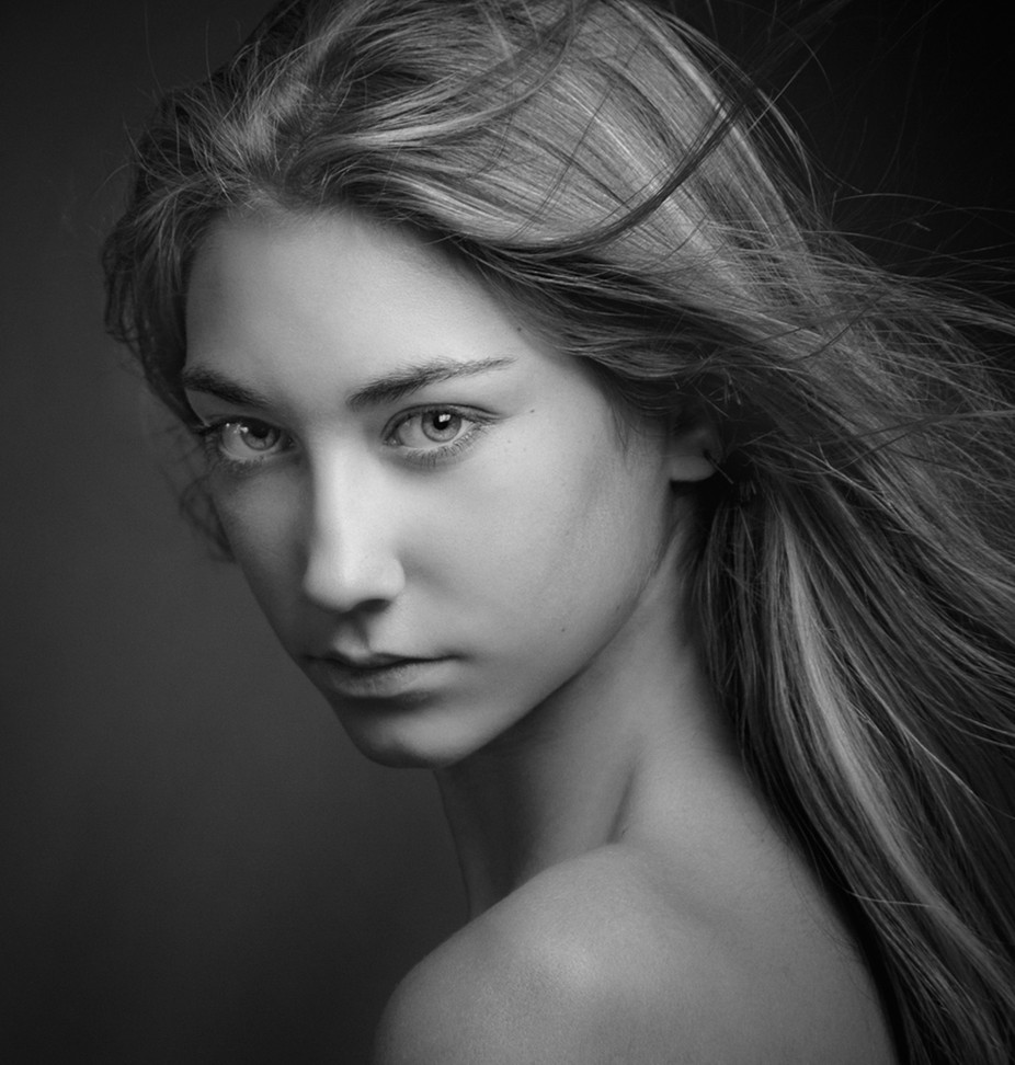 Ronka by zachar - Black And White Female Portraits Photo Contest