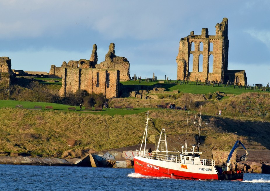 Tynemouth Prory and fishing boat