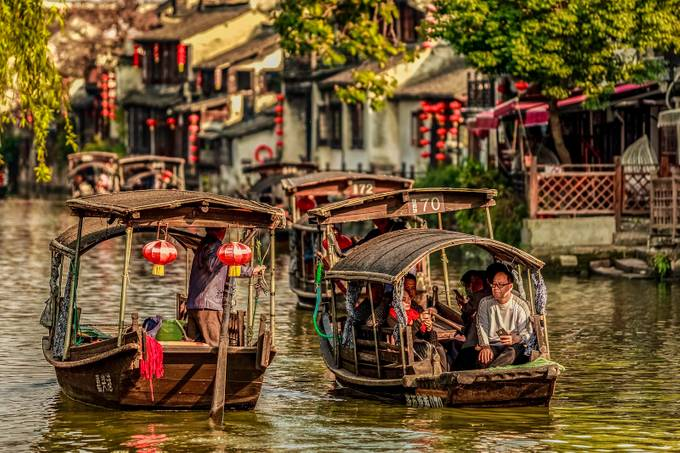 Traffic Jam in Xitang by PhotoWorks - Canals Photo Contest