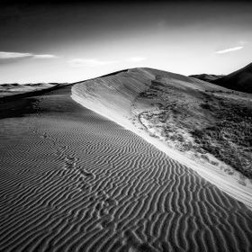 Bruneau Sand Dunes is a unique pocket of landscape in southern Idaho. I love spending hours there searching for those magical converging, divergi...