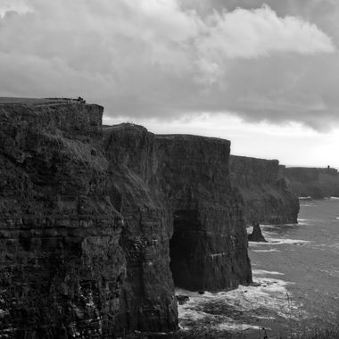 I took this photo when I was in Ireland, in August 2017.  While me and my wife were walking at the Cliffs of Moher the clouds appeared from nowhere and just before it started to rain I took some photos. This was one of the photos that I took that day.