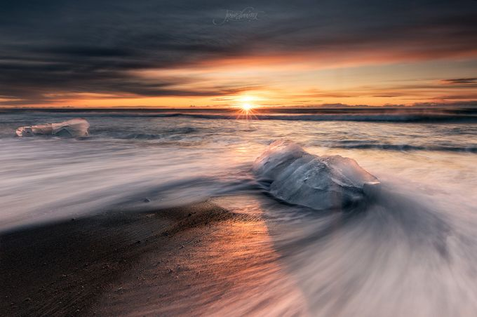 Jökulsárlón by josedevesa - Social Exposure Photo Contest Vol 13