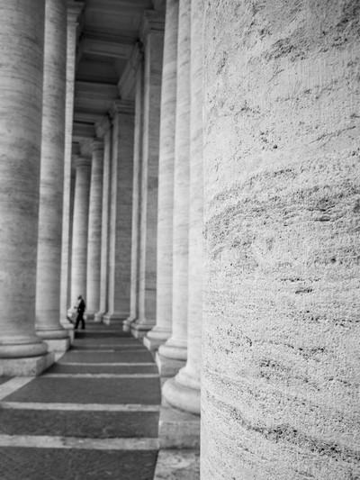 Vatican columns